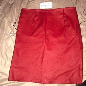 Windsor Red mini skirt